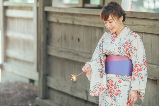 "Featured image for ""振袖と浴衣の違い(きもの処たにぎ・朝来市)"""